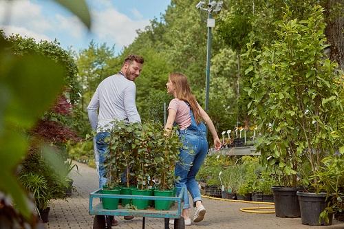 un jardinier paysagiste sur aix